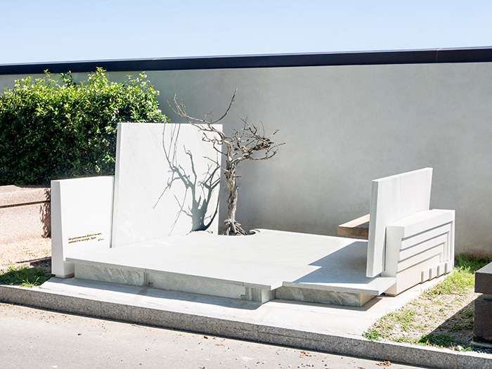 memoriale_vistalaterale